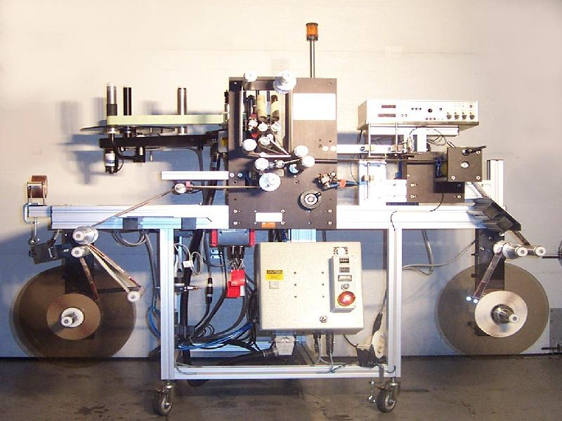 Tag Inserting Machine